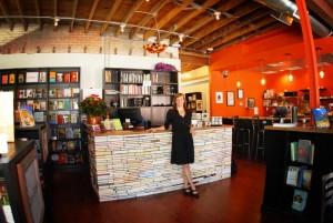 Nicole Sullivan, en su BookBar