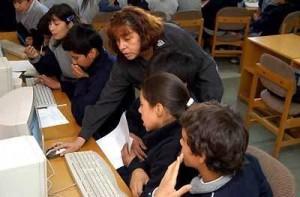 Hace unos años un grupo de docentes ganó un proyecto que usaba la tecnología para generar una comunidad de aprendizaje, intercambiando conocimiento, experiencias y recursos pedagógicos