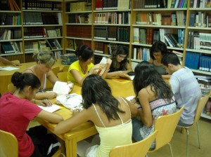 La sociabilización de la lectura, especialmente entre los jóvenes, es un aspecto que se debe propiciar a través de distintas actividades